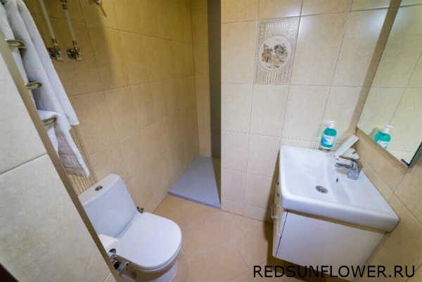 Сушилка для полотенец в ванной комнате гостиничного номера «Стандартдвухместный»