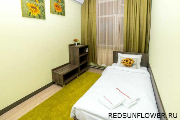 Спальное бельё в гостиничном номере «Стандартодноместный»