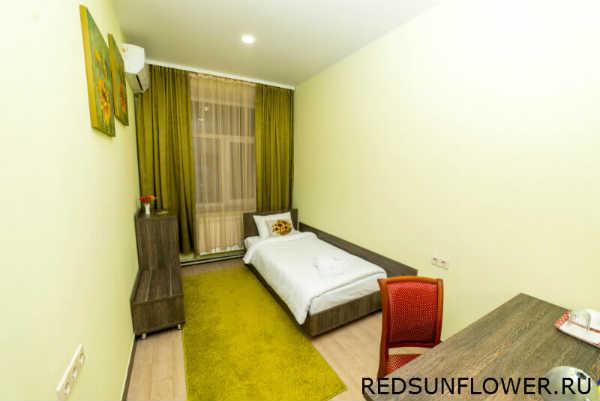 Мебелерованная спальня гостиничного номера «Стандартодноместный»